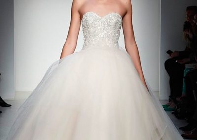 Sparkley sweet heart bodice with tulle ball gown skirt wedding dress