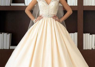 Taffeta-ball-gown-wedding-d