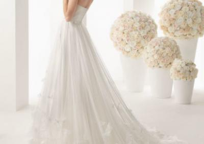 white-organza-wedding-dress